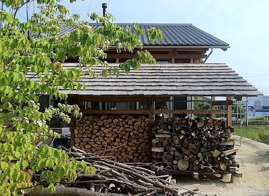 46:薪小屋